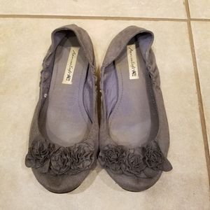 gray Flats size 9.5